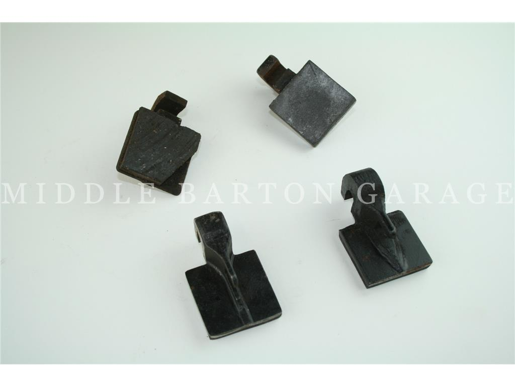 HAND BRAKE PAD SET LOBSTER CLAW TYPE