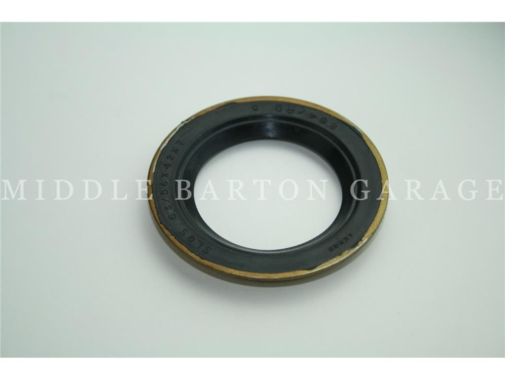 FRONT OIL SEAL 600D/E (TIMING COVER)