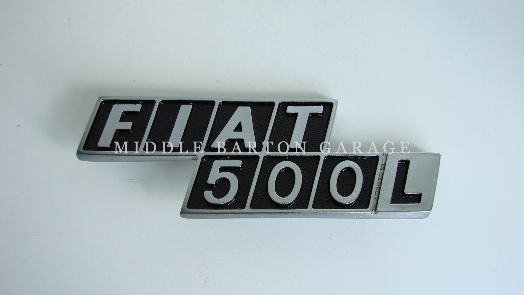 REAR BADGE (Fiat 500L)  500L