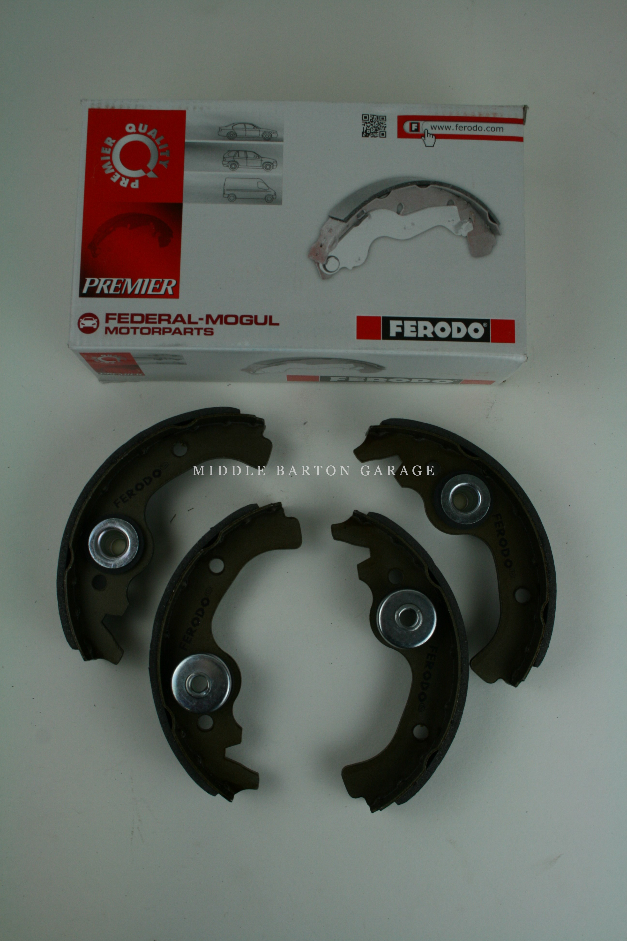 FERODO BRAKE SHOES 500F / 126 (Set of 4)