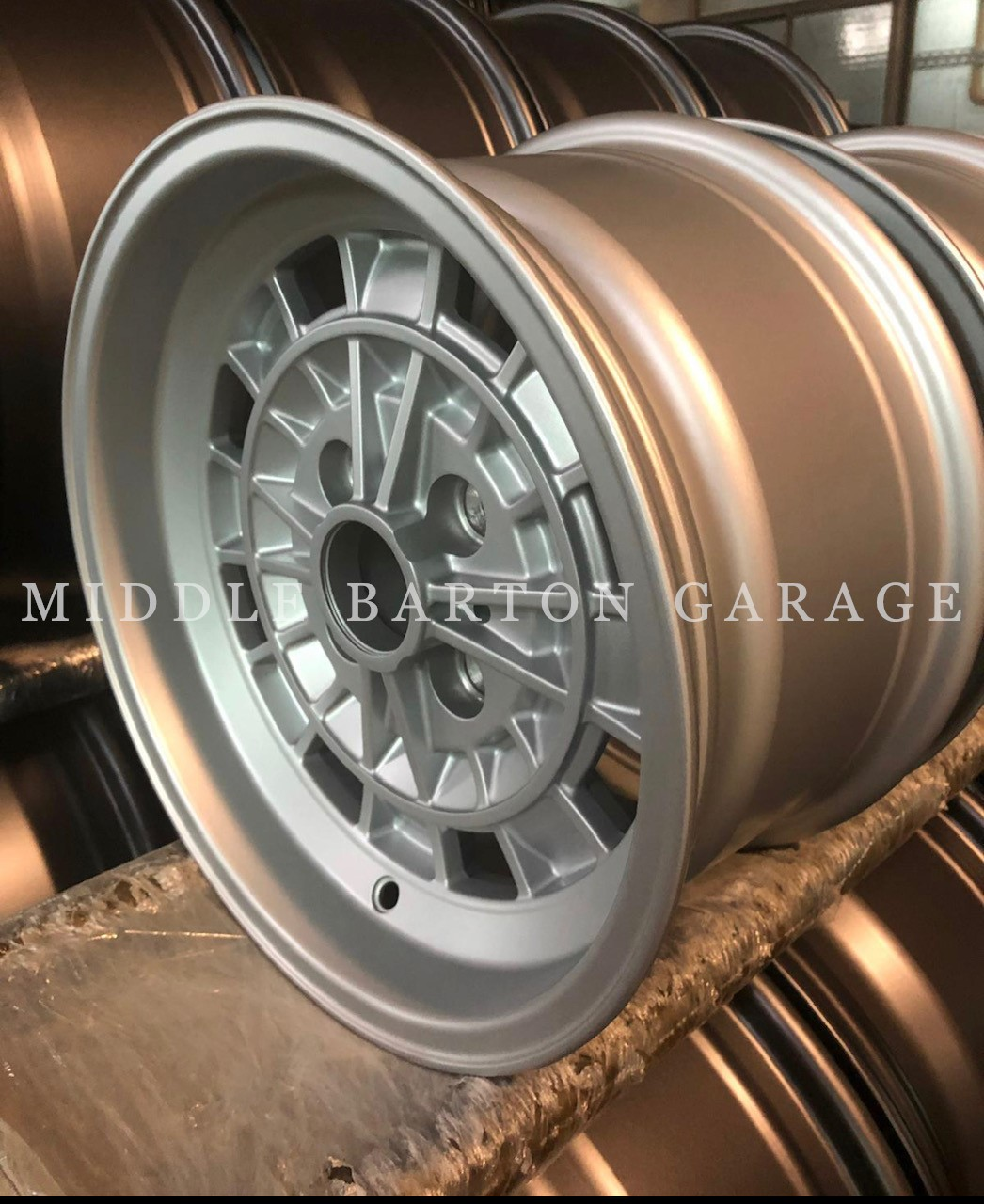 ALLOY WHEEL CAMPAG STYLE 7X13