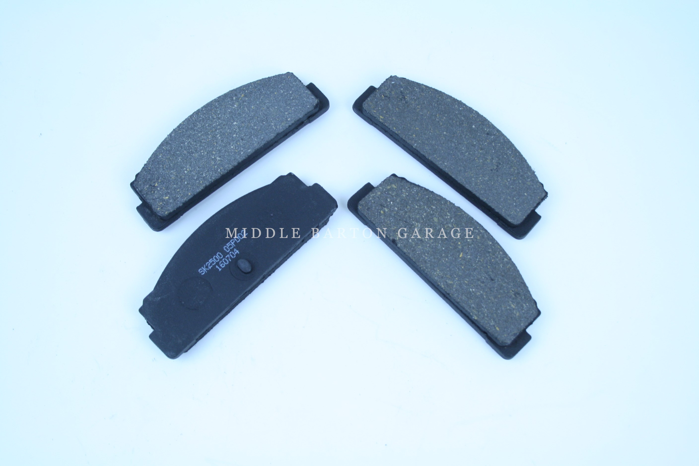 REAR BRAKE PAD SET 124