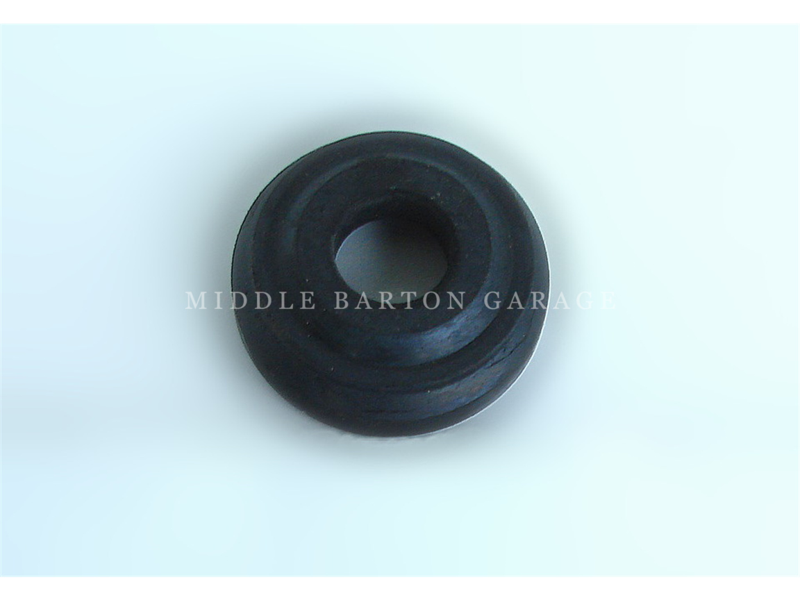 ENGINE MOUNT RUBBER 600/850 G/BOX UPPER