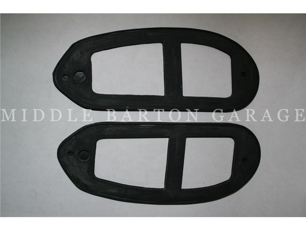 REAR LIGHT UNIT TO BODY GASKET LH 600 FOR ALUMINIUM BASE
