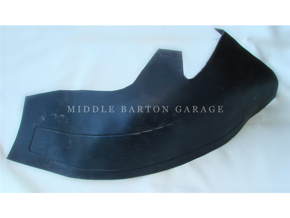 RUBBER MAT REAR WHEEL ARCH RH