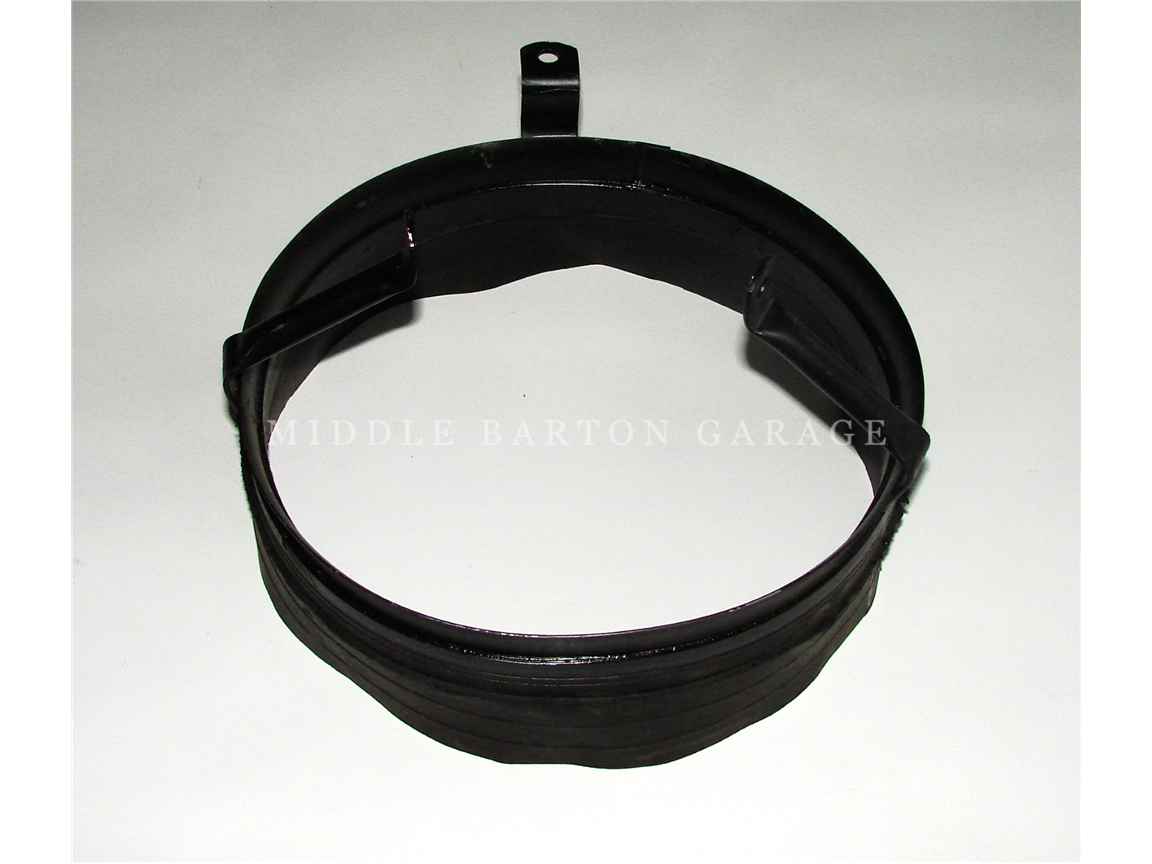 WATERPUMP FAN RUBBER SHROUD 600/600D